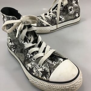 Converse Chuck Taylor Youth 2 Hi-Top Gym Shoes